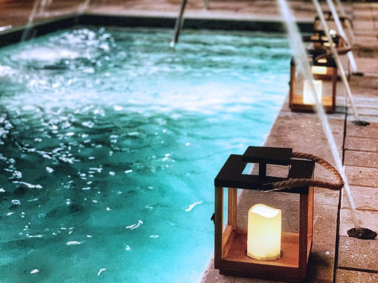 Pool Courtyard of White Elephant Palm Beach